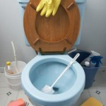 vi utför en grundlig rengöring av badrummet